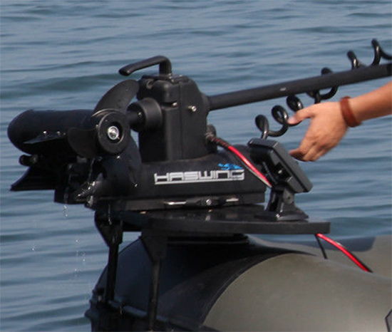 Bow mount for trolling motors on inflatable boat